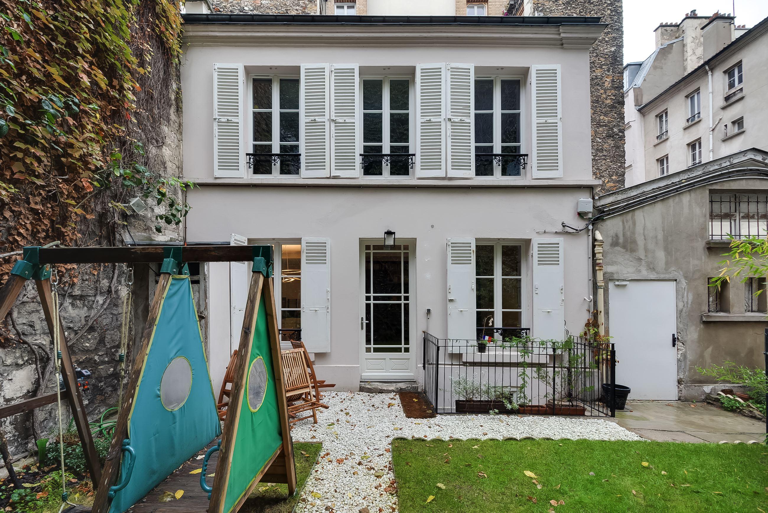 Une Maison à Paris avec jardin, 120 m², 17<sup>ème</sup> Batignolles
