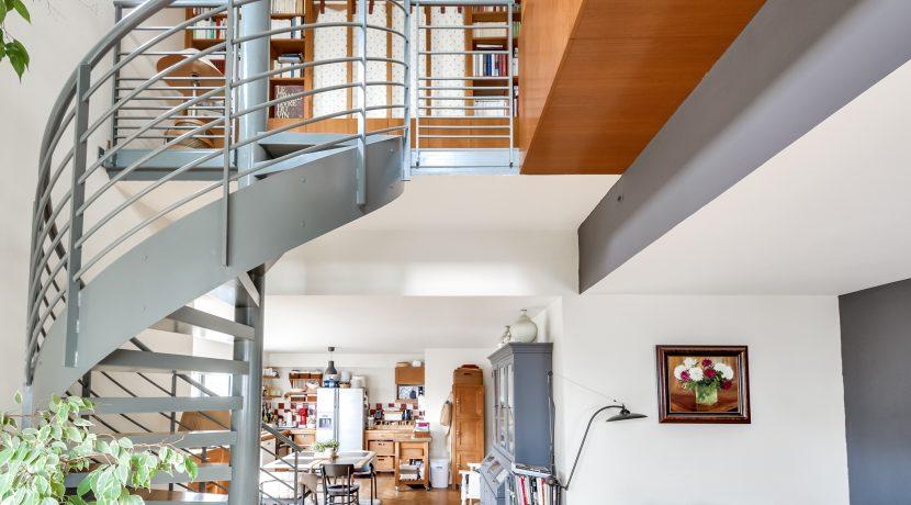 Dernier etage paris esc2