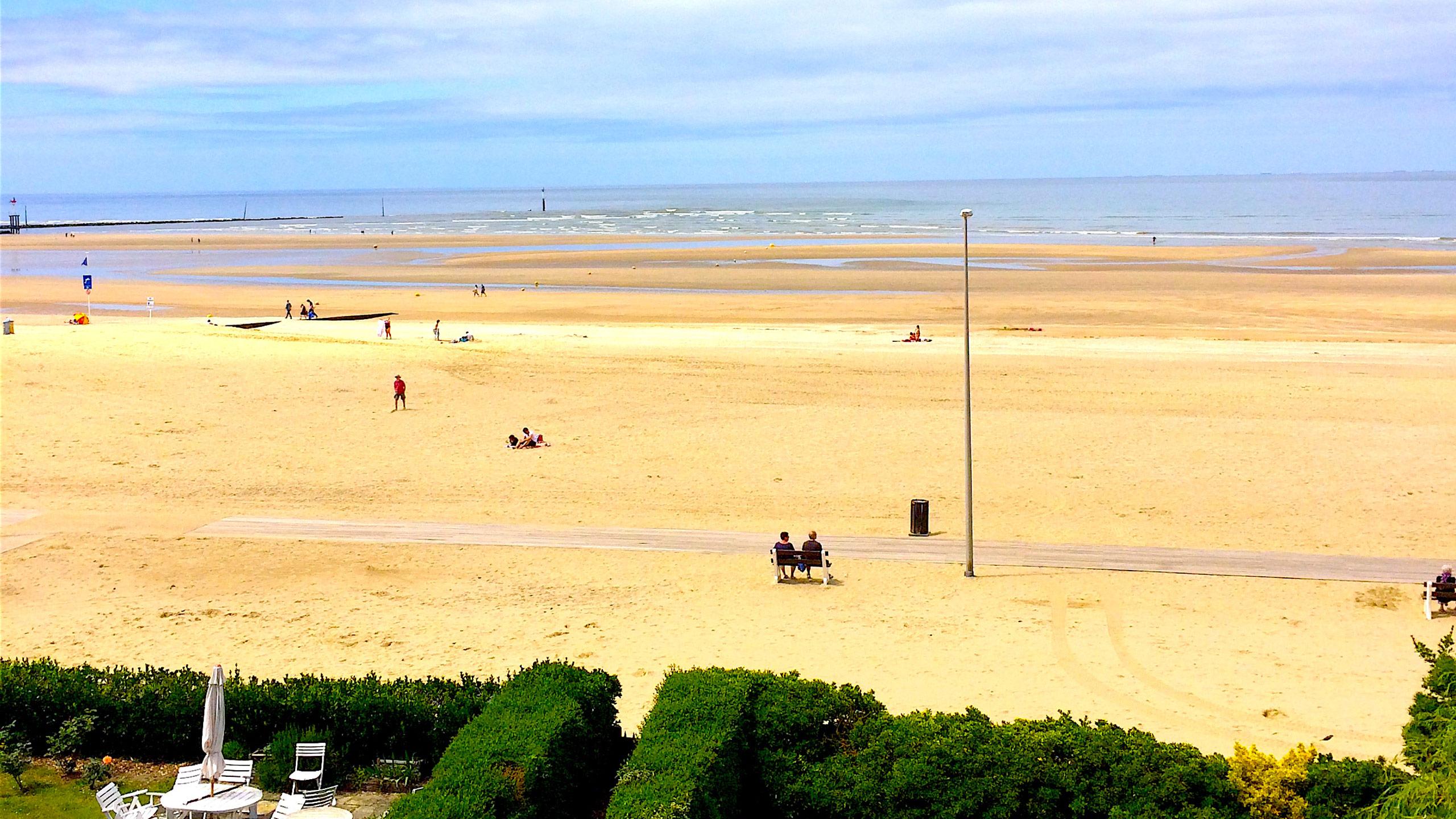 Incroyable dernier étage vue mer #Trouville-sur-mer (Calvados)