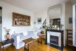 dernier-etage-paris-ruearcole-salon3