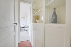 dernier-etage-paris-rue-lamblardie-couloir