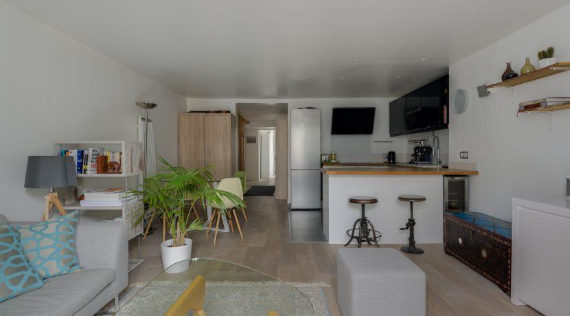 dernier-etage-paris-rue-Saint-Martin-salon2