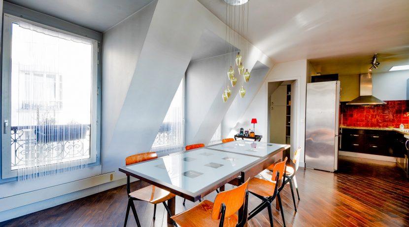 dernier-etage-paris-rue-Montmartre-salon3