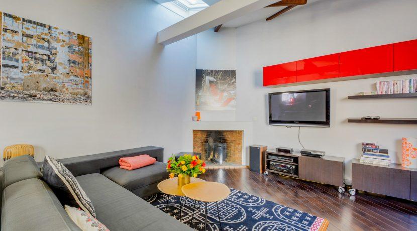 dernier-etage-paris-rue-Montmartre-salon4
