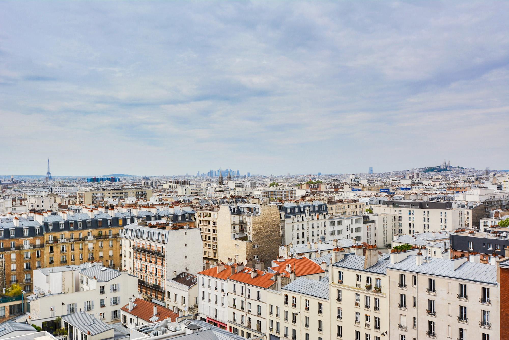 Comme un cube de verre dominant Paris #Magique !