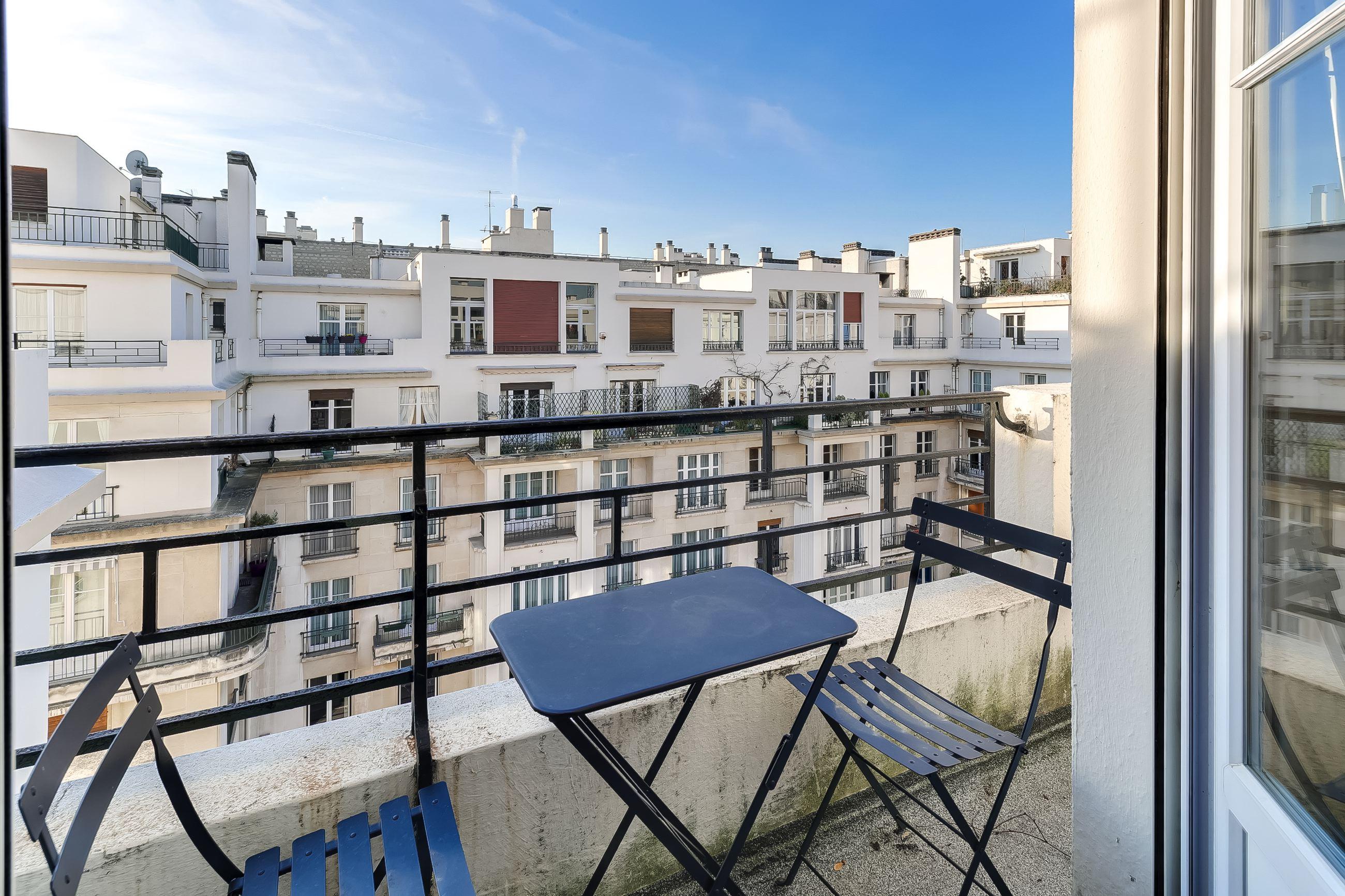dernier etage paris - balcon