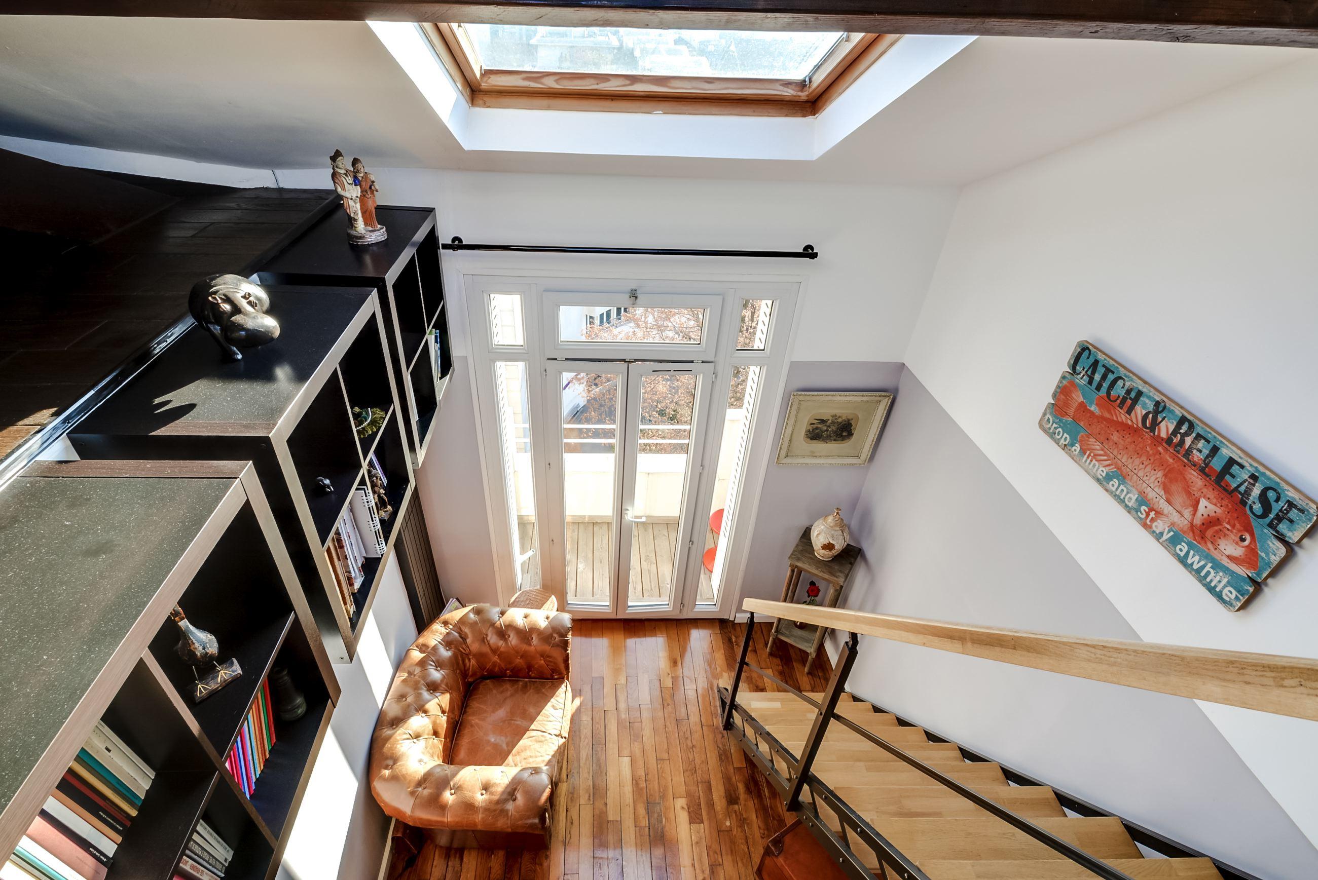 Dernier etage-paris esc
