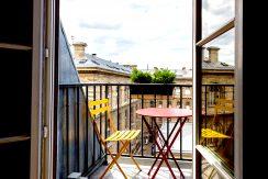 dernier-etage-paris-ruearcole-balconseine