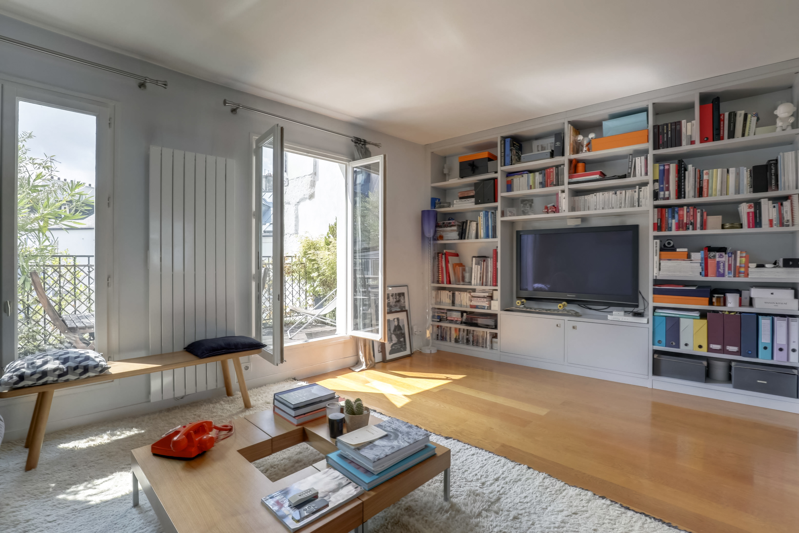dernier-etage-paris-rue-saint-joseph-salon4