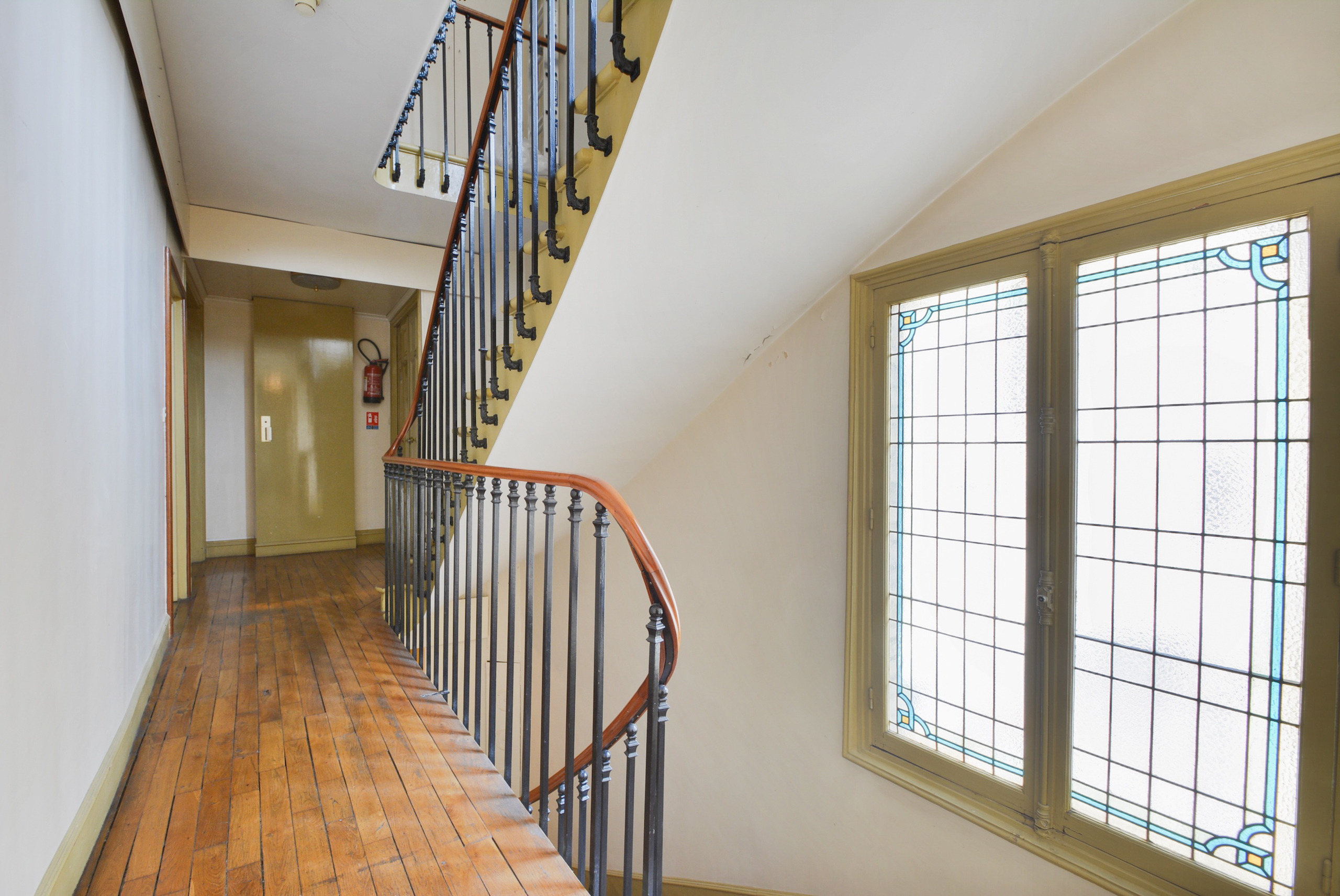 dernier-etage-paris-rue-lamblardie-palier