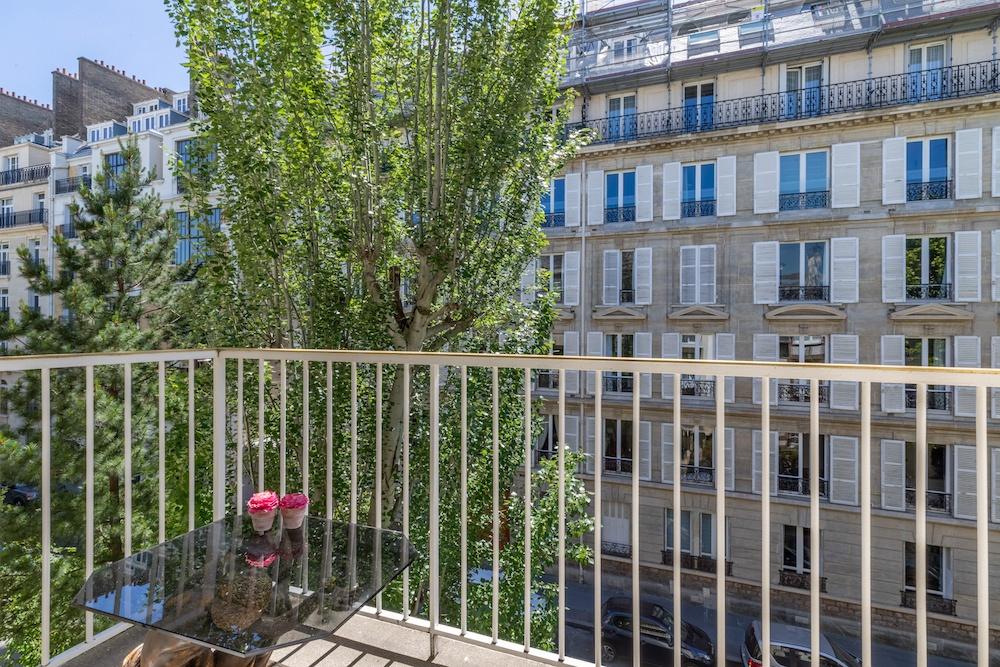 dernieretage-paris.com-balcon lafitte